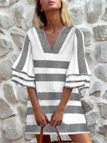 Casual Style V Neck Striped 3/4 Flare Sleeve Pullover Tunic Dress