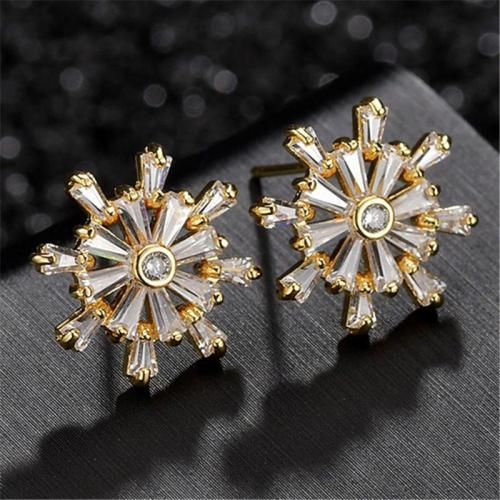 Sparkling Zircon Snowflake Stud Earrings