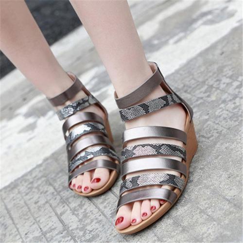 Stylish Snake Pattern Back Zipper Open-Toe Wedge Heel Sandals