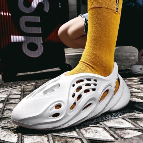 Stylish Breathable Soft Closed Toe Hole Sandals