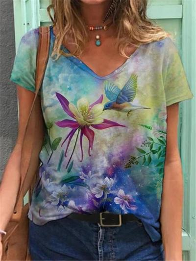 Casual Fit Pullover V Neck Short Sleeve Floral Printed T-Shirt