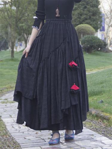 Summer's Vintage Style Asymmetric Plaid Flare Pleated Skirt