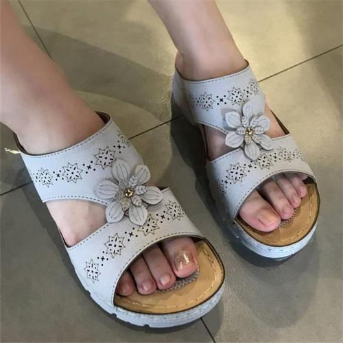 Lightweight Soft Footbed Floral Deco Wedge Heel Sandals Slippers