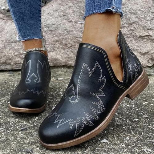 Casual Style Chunky Heel Cutout Design Printed Leather Shoes