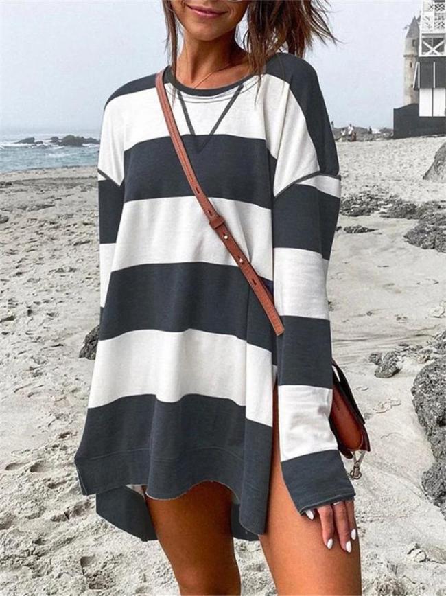 Loose Fit Round Neck Contrasting Long Sleeve Side Slit Midi Dress