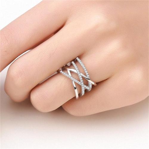 Women's Dazzling Zirconia Simple Ring