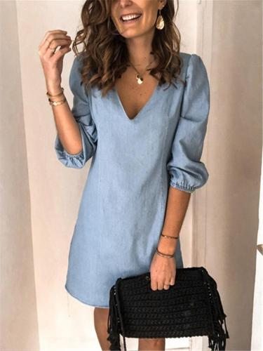 Relaxed Fit V Neck Solid Color Elastic Sleeve Cuff Denim Dress