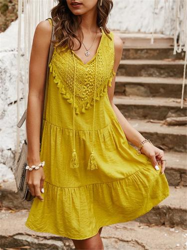 Trendy V Neck Floral Sleeveless Pleated Flare Pullover Mini Dress