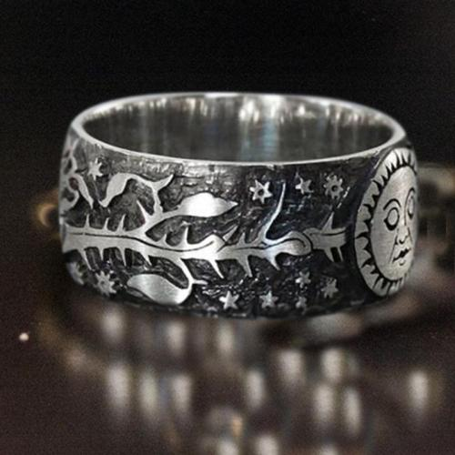Unisex Retro Style Sun Face Carved Ring for Anniversary Gift