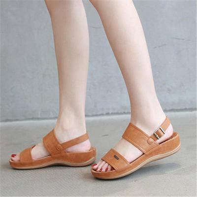 Casual Style Platform Sole Soft Footbed Buckle Up Sandals