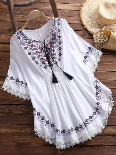 Ethnic Style Round Neck Lace Floral Hem Half Sleeve Pleated Pullover Blouse