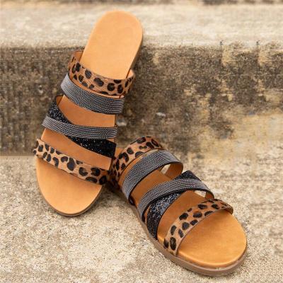 Bohemian Style Open Toe Animal Pattern Flat Heel Lightweight Slippers