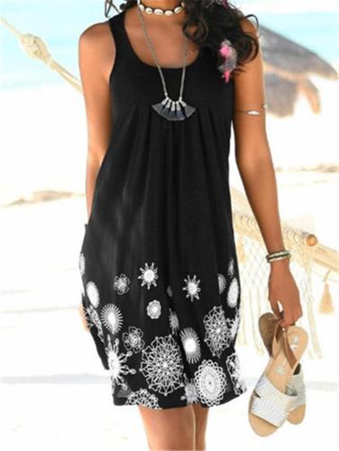 Plus Size Sleeveless Printed Dress