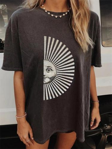 Creative Front Printed Round Neck Relaxed Fit ShortSleeve T-Shirt