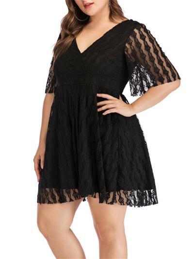 Plus Size Black Decent Hollowed Lace V Neck Dress