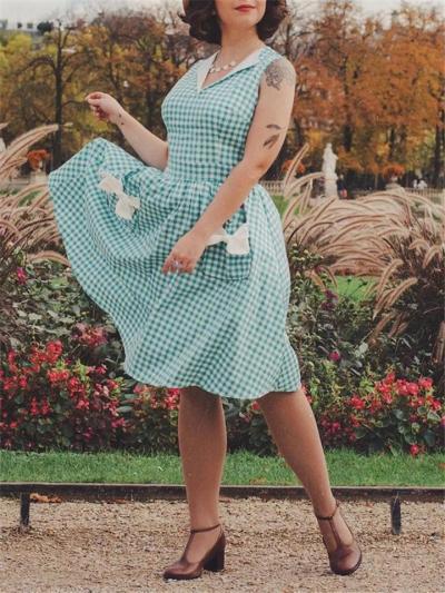 Pretty 1950S Plaid Bow Pockets V Neck Swing Dress