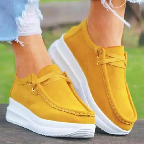 Front Lace-Up Fastening Platform Sole Suede Panel Non-Slip Walking Shoes