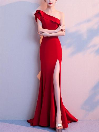 Pretty One Shoulder Sweep Train Side Slit Maxi Dress for Evening