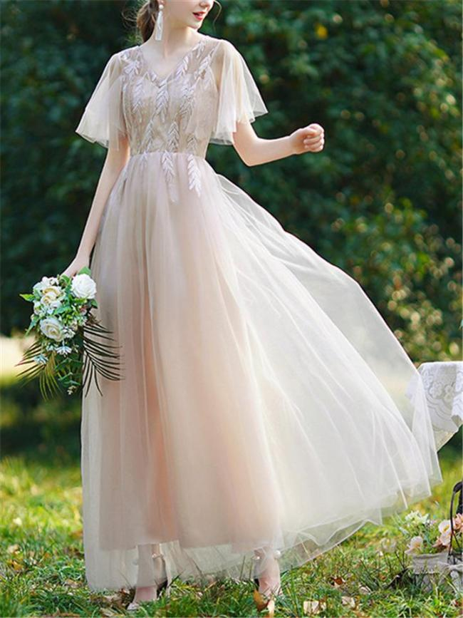 Stunning Fitted Waist Bell Sleeve Tulle Bridesmaid Dress for Wedding