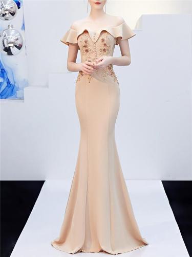 Elegant Off Shoulder Applique Sweetheart Neckline Dress for Formal Party