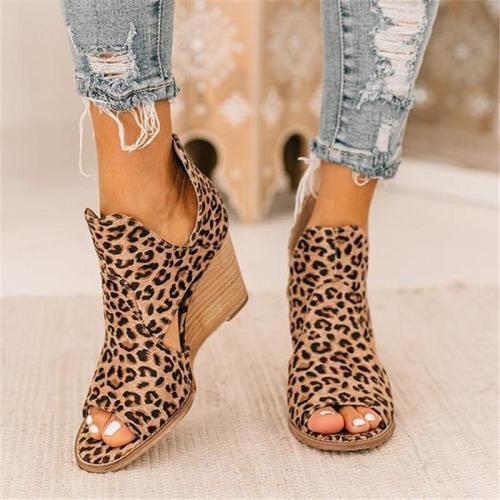 On-Trendy Cutout Detailing Wedge Heel Leopard Pattern Peep Toe Sandals