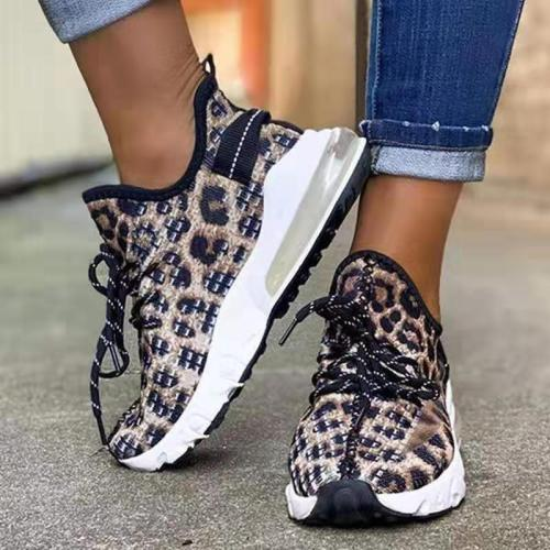 On-Trendy Breathable Mesh Upper Low-Top Leopard Print Lace Up Sneakers