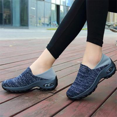Contrasting Heel Counter Heathered Fabric Upper Rocker Bottom Walking Shoes