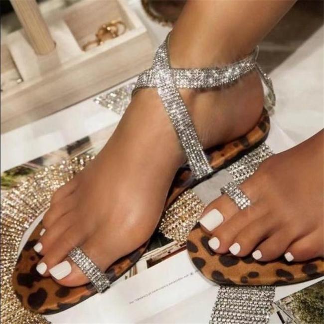 Leopard Print Rhinestone Embellished Single Toe-Ring Flat Rubber Sole Sandals