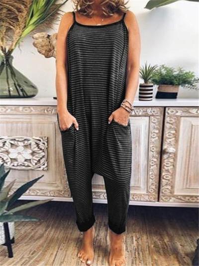 Oversized Style Scoop Neck Striped Print Spaghetti Strap Pocket Jumpsuit