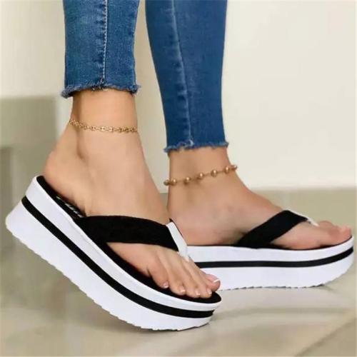 Contrast Detailing Platform Sole Thong-Strap Slip-On Style Flip-Flops