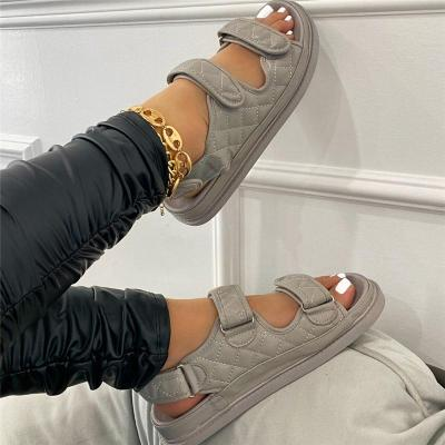 Laid-Back Look Platform-Sole Front Touch Strap Fastening Soft Footbed Sandals