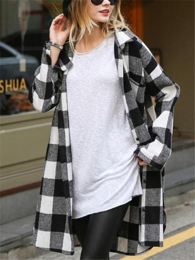 Comfortable Classic Lapel Collar Checked Print Button Fastening Side Slit Coat