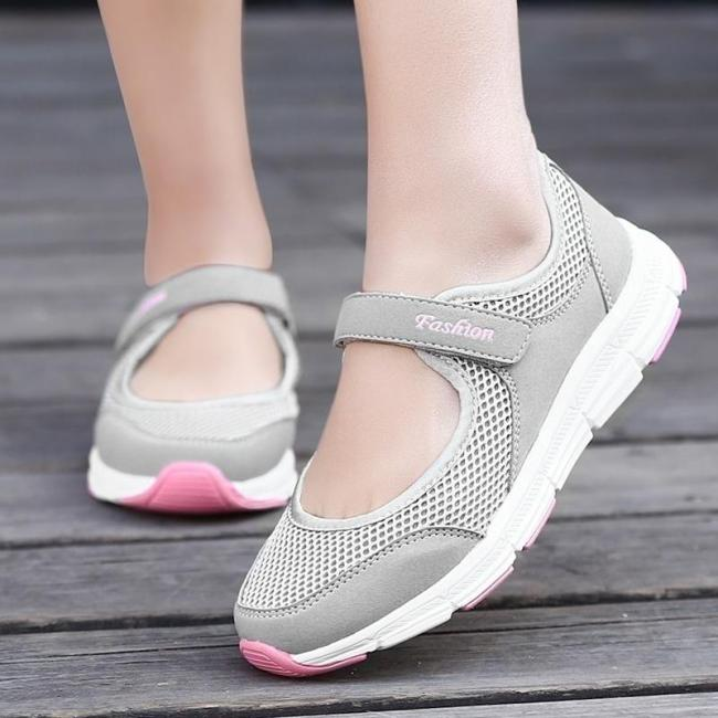 Sports Breathable Non Slip Mesh Casual Shoes