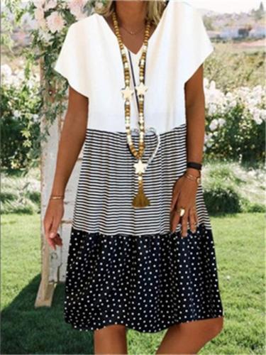Vintage Digital Printing V-Neck Short Sleeved Dress