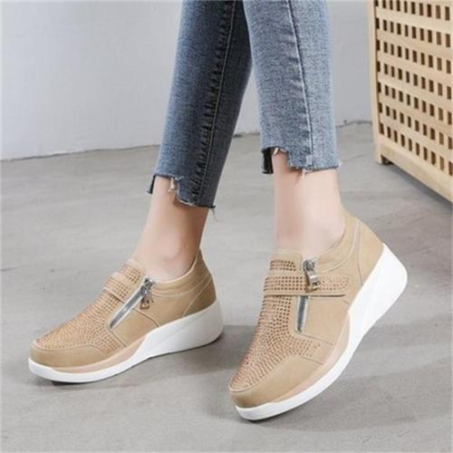 Breathable Casual Flat Heel Walking Shoes