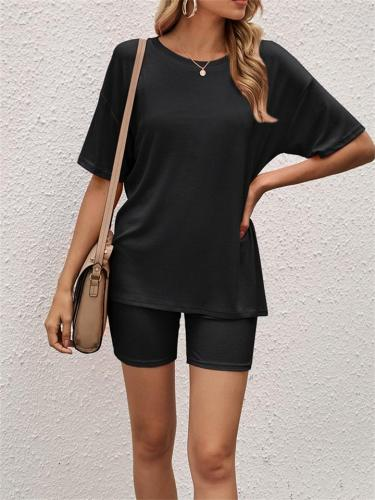 Solid Color Casual Short-Sleeved Top + Pencil Shorts