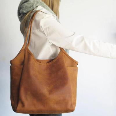 Retro Large-Capacity Solid Color Zipper Handbag