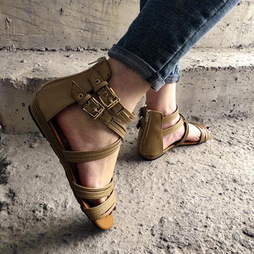 Flat Heel Buckle Low-Top Solid Color Sandals