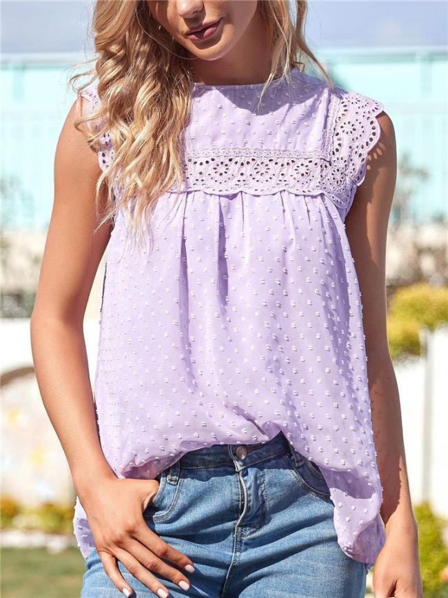 Stylish Round Neck Floral Cutout Design Pleated Detailing Sleeveless Chiffon Lining Top