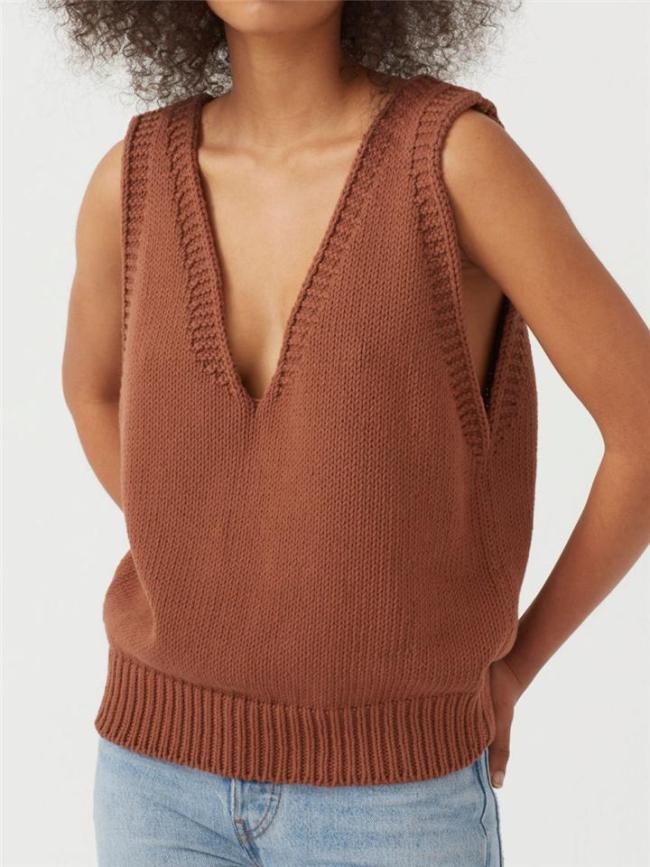 Relaxed Fit Fine Knit V Neck Ribbed Detailing Solid Color Sleeveless Sweater Vest