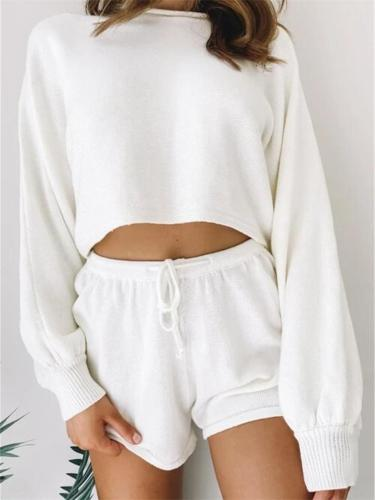 Two-Piece Set Leisure Solid Color Round Neck Long-Sleeved Top + Solid Color Shorts