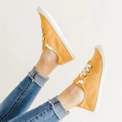 Lightweight Lace-Up Design Comfortable Low-Top Casual Canvas Shoes