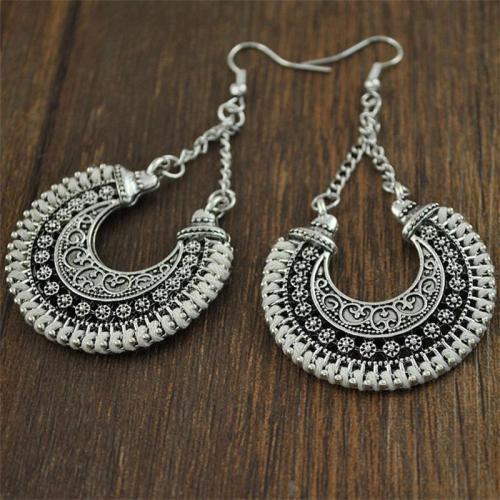 Metal Hollow Design Bohemian Style Hand-Woven Rope Earrings