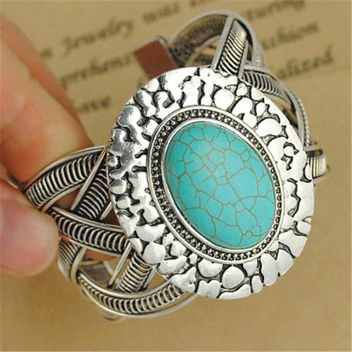 Classic Retro Turquoise Charm Silver-Tone Style Bracelet