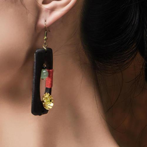 Trendy Vintage Hollow Wooden Flower Pendant Dangle Earrings