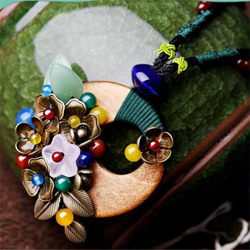 Creative Handmade Bohemian Style Agate Flower Necklace