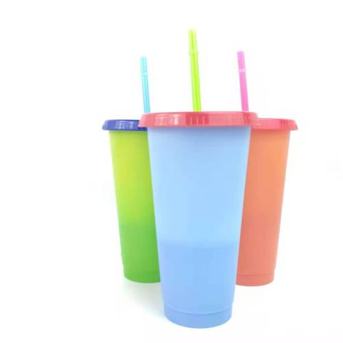 5pack/set 480ml&710ml plastic coffee tumbler Color changing plastic cup lids and straws Wholesale plastic tumbler