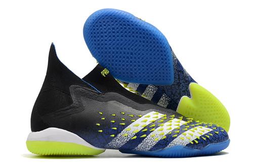 PREDATOR FREAK + IC Soccer Shoes