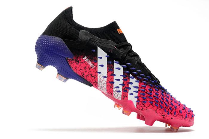 PREDATOR FREAK .1 LOW FG Soccer Shoes