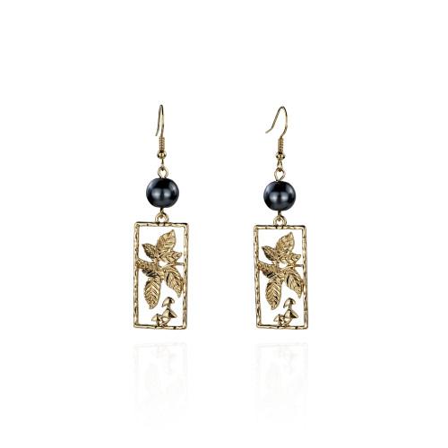 Leaf earrings A100037